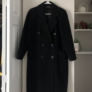 Oversized black stylish women's vintage coat